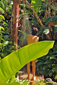 Outdoor shower at Entabeni Cottage on Maui
